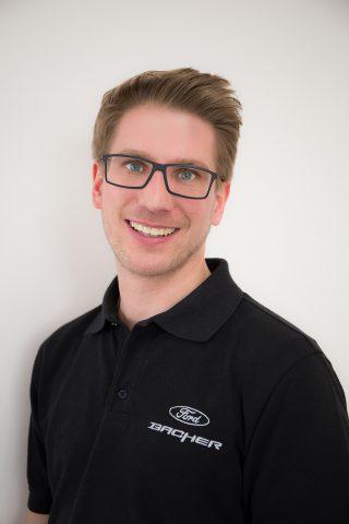 Auto-Ankauf Ansprechpartner - Verkaufsberater Jürgen Hackl