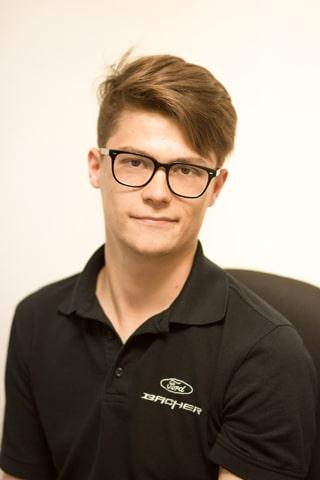 Auto-Ankauf Ansprechpartner - Verkaufsberater Maximilian Wiesheu